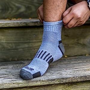 men's quarter foot