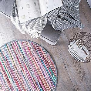Round rug, area rug, rug, bedroom rug, dorm room rug