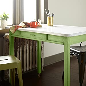 Chalk paint, annie sloan, Joanna gaines, green kitchen table, wood painting