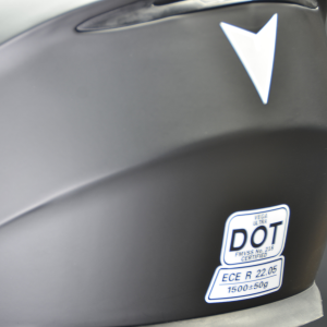 dot ece approved snowmobiling helmets