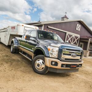 CURT Gooseneck Hitches Farm Truck