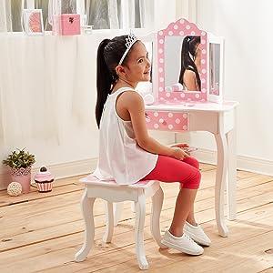 vanity girls, girls vanity, kids toy vanity set, vanity for kids, kids kraft vanity, teamson kids