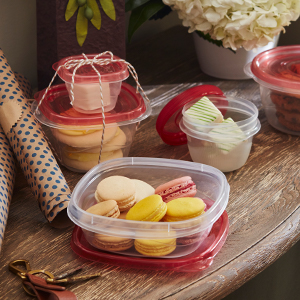 Use for homemade treats–everyone's favorite gift!