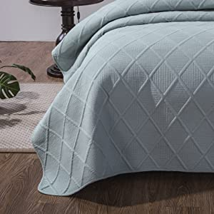 floor length coverlet quilt
