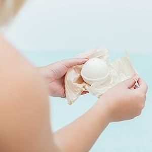 beauty by earth bath bombs essential oils moisturizing woman women gifts best gifts wife girlfriend