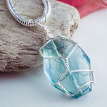 stone jewelry twist