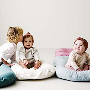 Snuggle Me Organic Baby Lounger is made for comfort and safety.