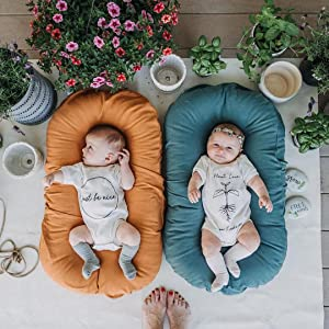 Snuggle Me Organic Baby Lounger is made to fit baby's head and body safely and securely.