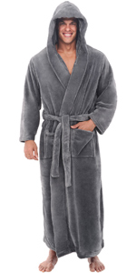 mataching men's robe