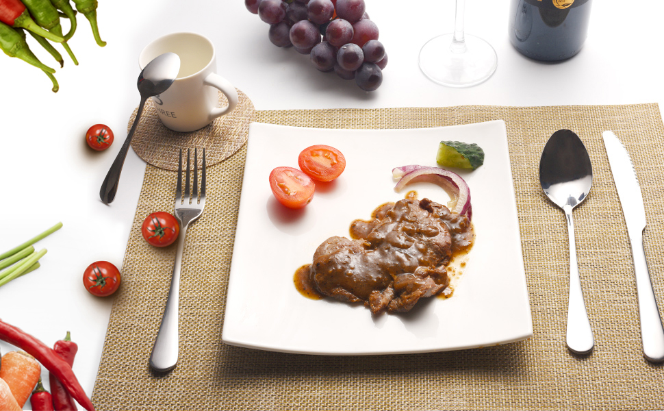 The flatware set includes 4 dinner forks, 4 dinner knives, 4 dinner spoons, and 4 tea spoons.