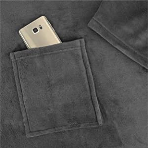 blanket with phone pocket