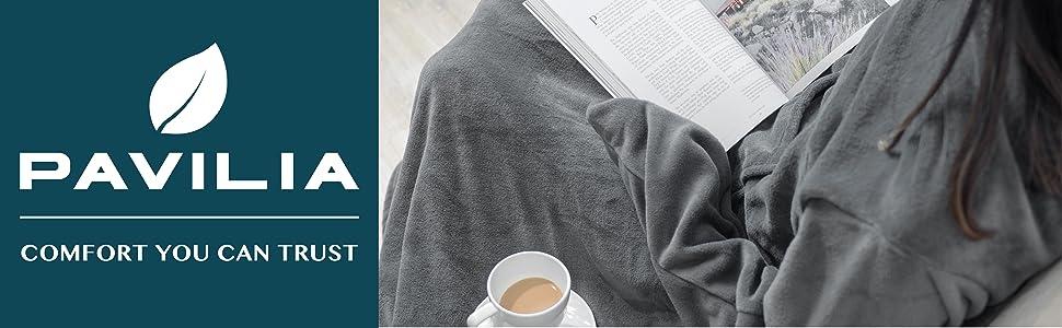 Snuggie tv blanket with sleeves