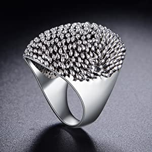 Mytys Fashion Silver Cocktail Rings for Women Vintage Jewelry Cluster Band Ring
