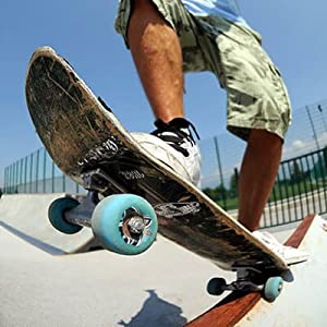 Young man skateboarding with black elastic shoelaces