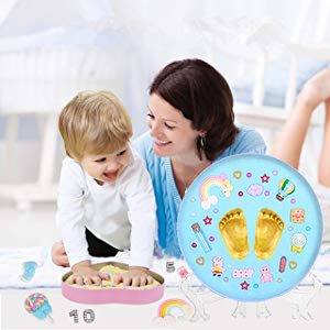 Display your little one's special moments during their first year.