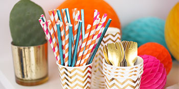 assorted packs paper straws