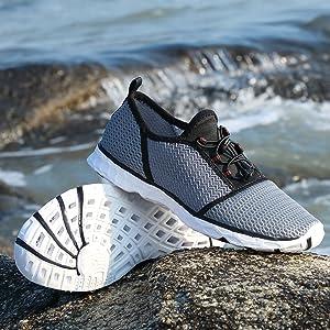 lightweight water shoes