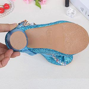 Wear-resistant sole