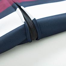 nice zipper for the jerseys
