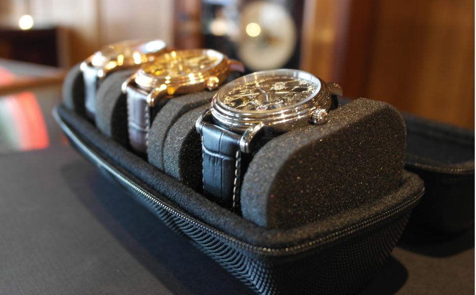 CASEBUDi Triple watch travel roll case skeleton
