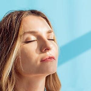 Vitamin c retinol hyaluronic acid serum moisturizer highlight makeup primer skinceuticals mask olay