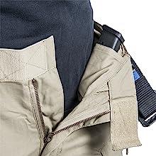 Velcro closure. Inner pocket. Belt loops for up to 50mm wide belt.