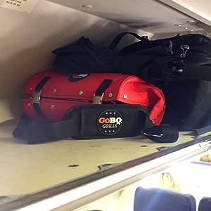 plane, overhead compartment