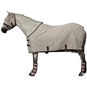 COMFORTABLY FITS EVERY HORSE