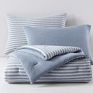 comforter set folded up view