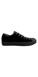 casual walking shoes