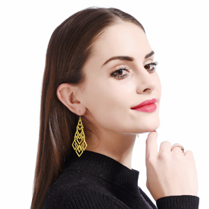 Summer Look Chandelier Dangle Drop Earrings for Women